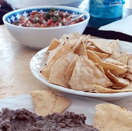 Chips and Pico de gallo