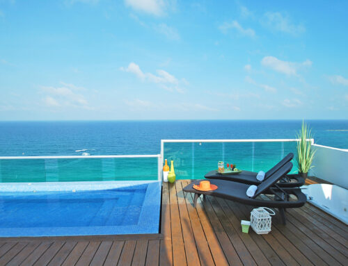 Oceanfront rooftop penthouse with infinity pool