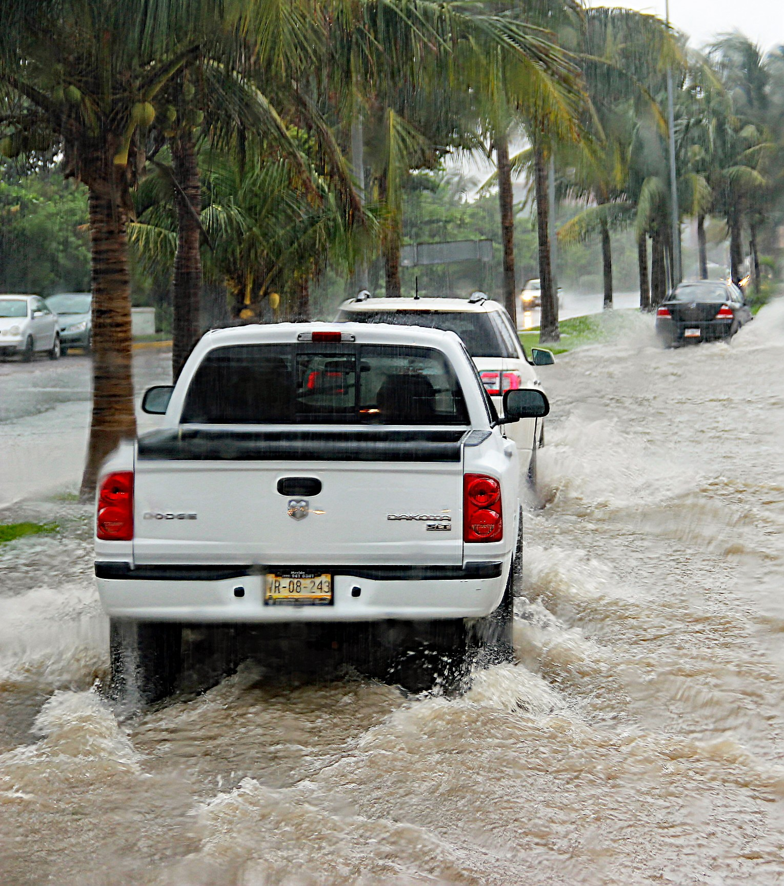 rain-wet-cars-heavy-rain-flooded-street-ugly-day-water-on-the-street-a-lot-of-water-on-street